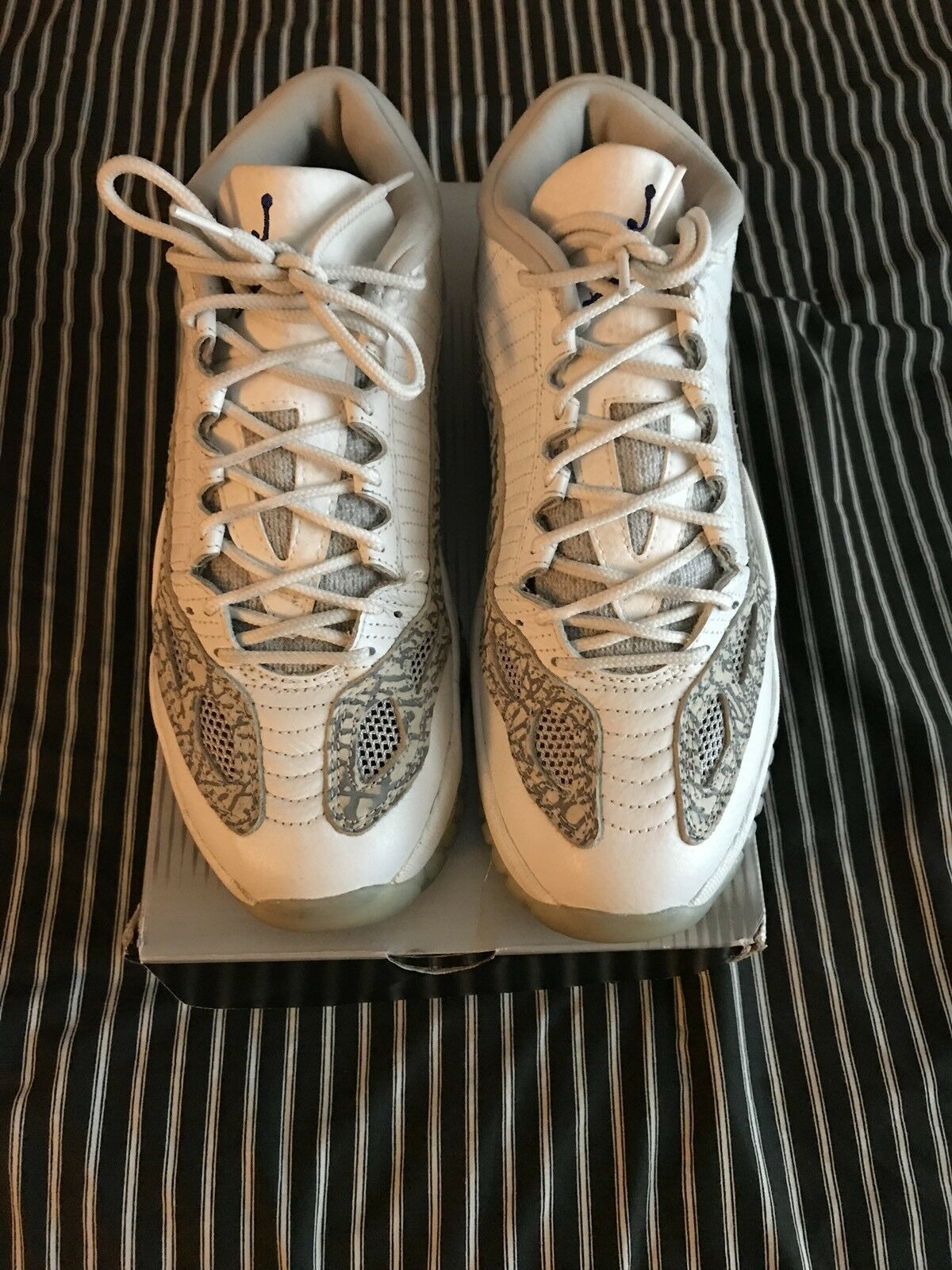 Nike Air Jordan Low 11 XI Low IE White Zen Grey Cobalt size 8 With Og Box R Card best-selling model of the brand