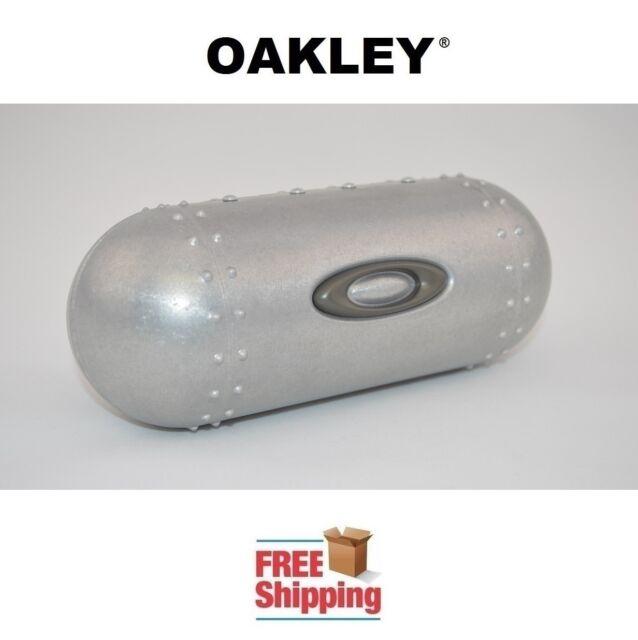 353ef30750 OAKLEY® SUNGLASSES EYEGLASSES LARGE METAL HARD STORAGE CASE NEW FREE  SHIPPING