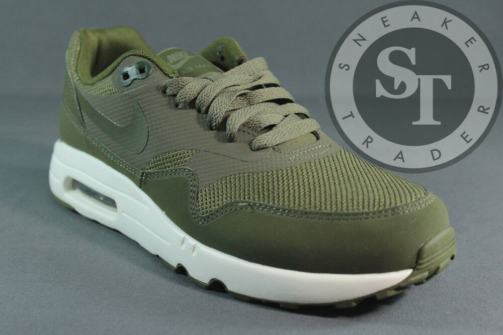 NIKE AIR MAX 1 ULTRA 2.0 ESSENTIAL 875679- MEDIUM OLIVE GREEN DS SIZE: 8.5