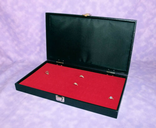 72 RING TRAVELING WOOD DISPLAY CASE WITH RED VELVET FOAM PAD