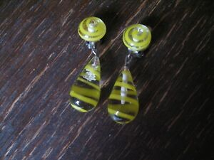 ausgefallene-Vintage-Ohrringe-Clips-Ohrclips-Haenger-Uberfangglas-gelbe-Spiralen