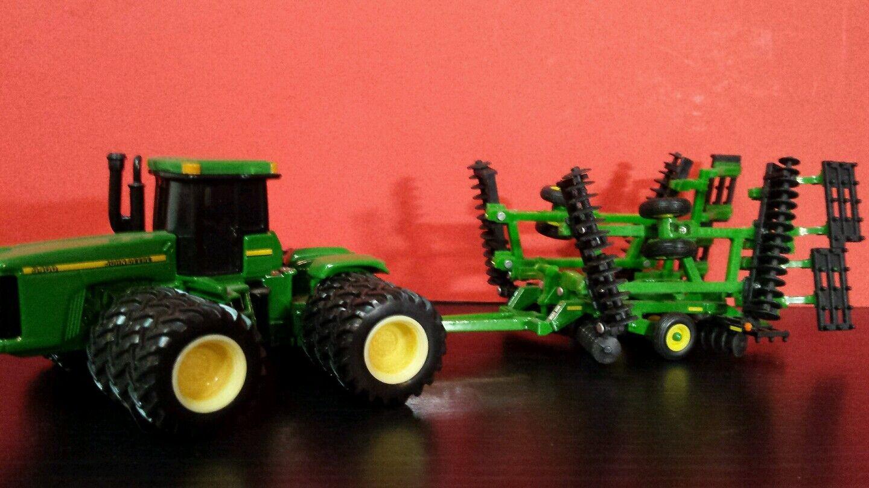 ERTL John Deere  3400 W Triples et 637 disque 1 64 Diecast tracteur et mettre en œuvre  vente avec grande remise