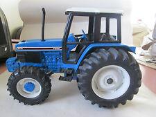 Ertl Ford New Holland 1:16 BIG BLUE 6640 4WD Farm Tractor #873 USA #3282 (Mint)