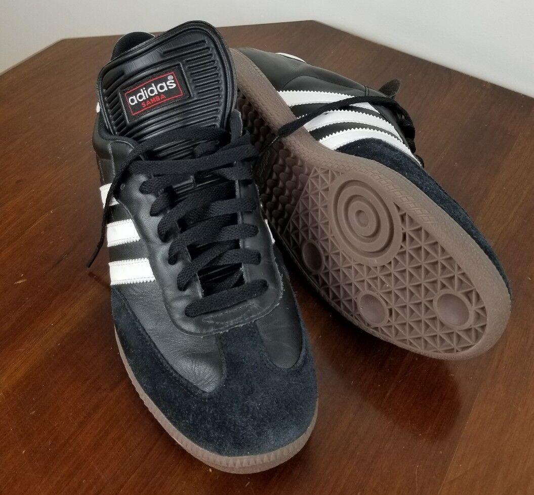 Uomini adidas samba classico la scarpa da calcio 034563 nero   bianco in 44   Outlet Online    Uomo/Donna Scarpa