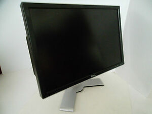 "Dell 2407WFP UltraSharp 24"" Wide LCD Monitor w/4-Port USB Hub 6ms VGA DVI GM504"
