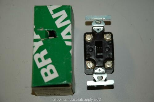 NOS Bryant Electric 5432 Toggle Switch 30A 125//250V Double-Pole Brown