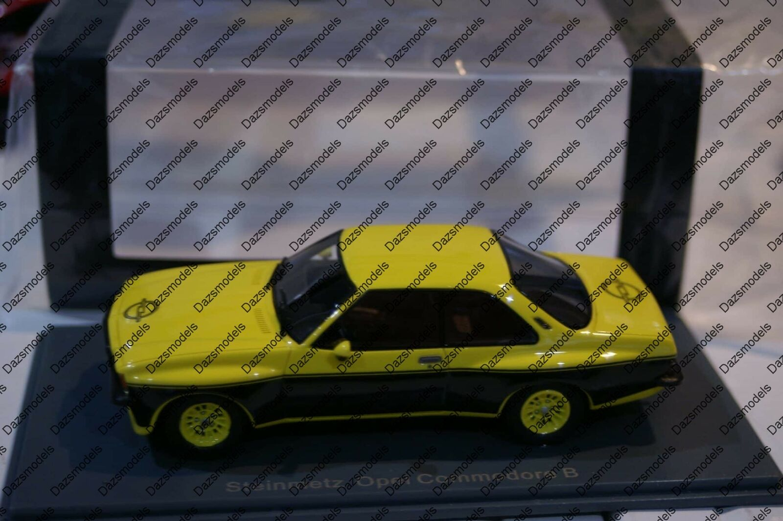 Neo Opel Commodore Steinmetz B 1974 in 1 43 scale Neo46115 Resin