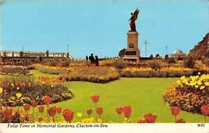 uk8318-clacton-on-sea-tulip-time-in-memorial-gardens-uk