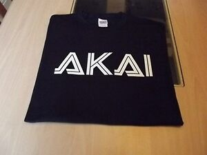 RETRO-SYNTH-SAMPLER-synthesizer-AKAI-DESIGN-T-SHIRT-mpc-S-M-L-XL-XXL