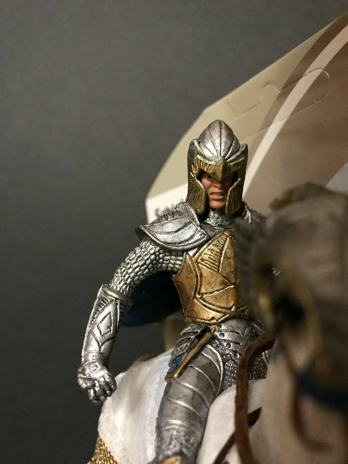 SHIPS gratuito  GRIFFIN KNIGHT on HORSE with PICK  KNIGHTS Series  D&D GRIFFON