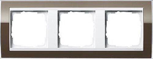 0213763 Gira brauner Abdeckrahmen Event reinweiße Zentraleinsätze 3fach