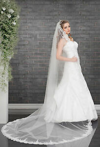 Wedding-Cathedral-Veil-with-Lace-Edge-and-Comb-Attached-VD-129