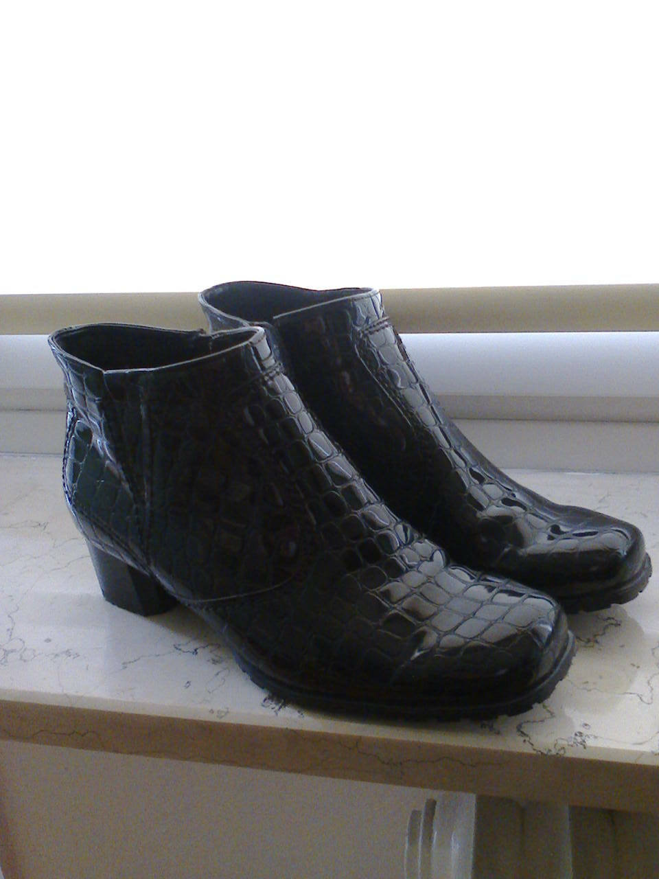 Jenny Damen Stiefeletten Gr. 37, 4 1/2 Lack / Schwarz, Neu kaum getragen