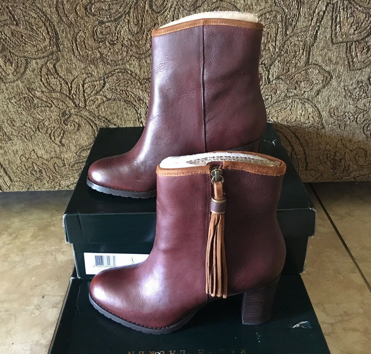 Lauren Ralph Lauren Carah démarrageie bottes Tan  149 new in box leather Sz 7.5 tassel