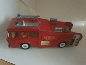 VINTAGE-DINKY-263-ERF-AIRPORT-FIRE-TENDER-RESCUE-FIRE-ENGINE