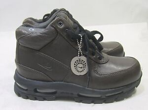 womens nike air max goadome boots