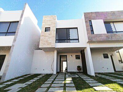 Casa nueva en venta dentro de Lomas de Angelopolis de 3 recamaras