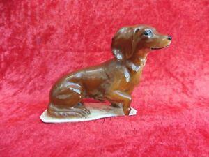 schone-Porzellanfigur-Hund-Dackel-AK-Kaiser