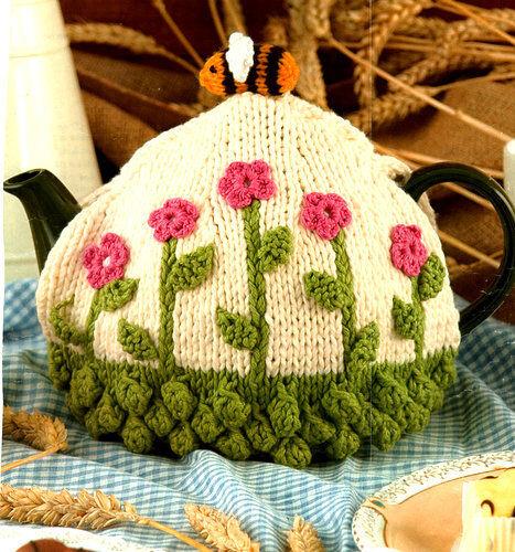 Tea Cosy with Flowers /& Bee Medium Teapot Chunky Wool  Knitting//Crochet Pattern
