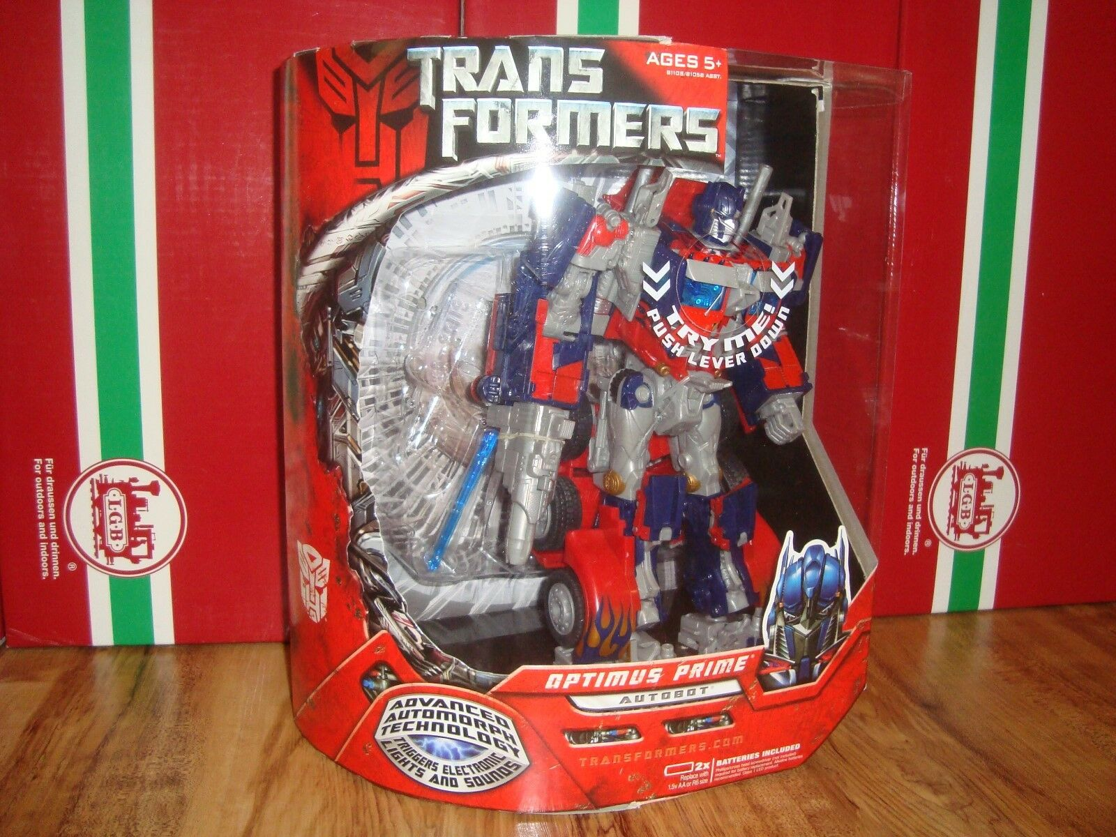 HASBRO TRANSFORMERS MOVIE 2007 OPTIMUS PRIME MINT IN SEALED BOX