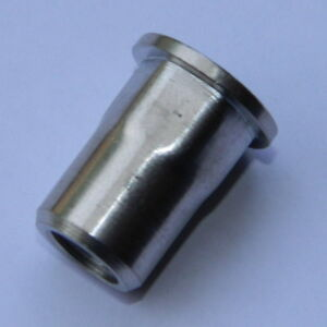50 Stk Edelstahl A2 Blindnietmuttern M10 Flachkopf ger.1,0-3,5mm Nietmutter