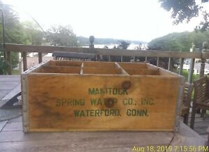 Rare-MANITOCK-SPRING-WATER-CO-INC-Wooden-Crate-Vintage-Decor-Box-WATERFORD-CONN