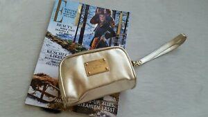 a070350a7553b Das Bild wird geladen MICHAEL-KORS-MK-Clutch-Bag-Suitcase-Tasche-Gold-