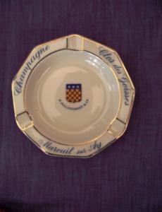 CENDRIER-CHAMPAGNE-CLOS-DES-GOISSES-PHILIPPONNAT-Porcelaine