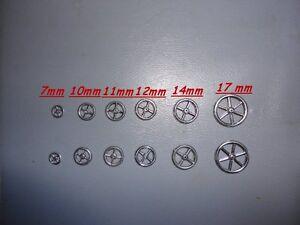 4 Zinnräder für Miniaturfahrzeuge und Fuhrwerke 12 mm neuwertig