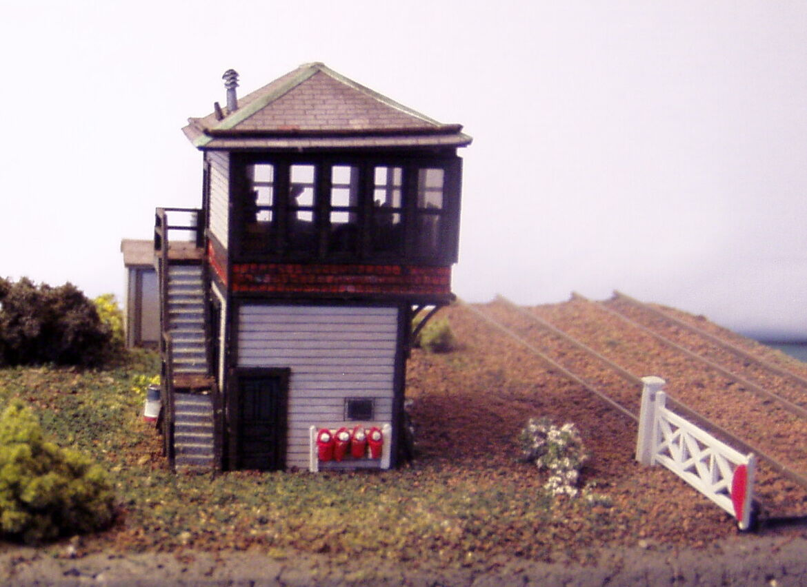P&D Marsh N Gauge N Scale Scale Scale Kingsport Signal Box kit requires painting f4a4d3