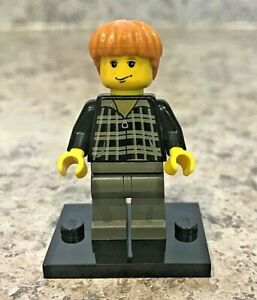 Genuine-LEGO-HARRY-POTTER-Minifigure-Ron-in-plaid-shirt-Complete-hp032