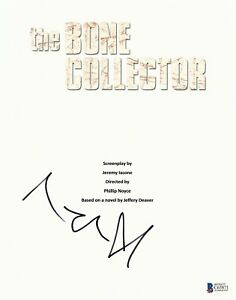 ANGLEINA JOLIE SIGNED 'THE BONE COLLECTOR' FULL SCRIPT SCREENPLAY AUTHENTIC BAS