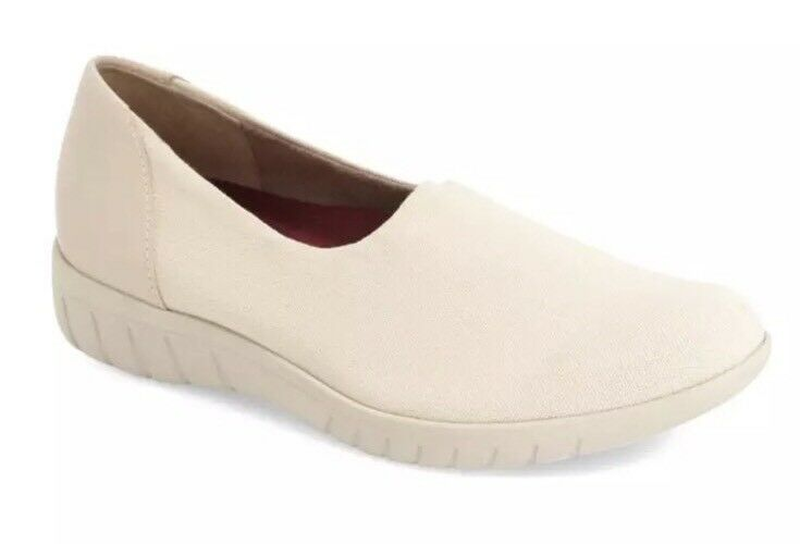Munro Yacht Slip On Coconut Women's Sneaker Sz 10M 1239