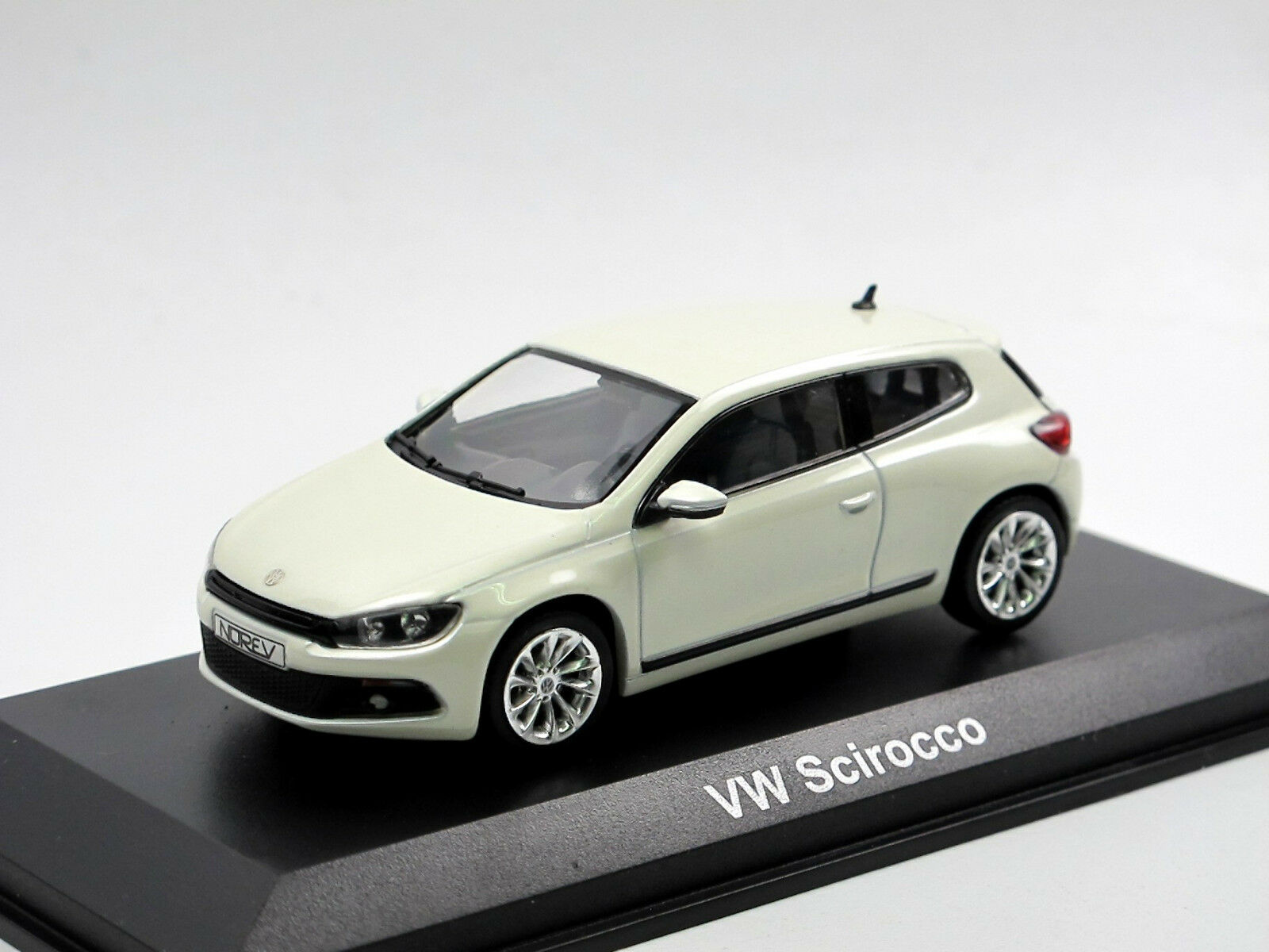 NOREV 840083-VW Scirocco III 2009 Toy Fair Spielwarenmesse-Pearl bianca -