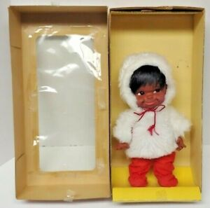 Canadiana-Doll-Native-American-Indian-Girl-Baby-Regal-Toy-Vintage-Rare-15CWL9