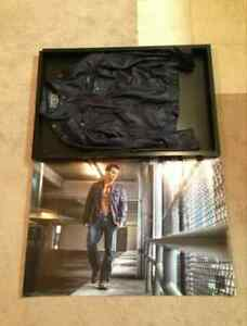 Gary-034-Leo-034-Taylor-Photo-Shoot-Jacket-Signd-poster