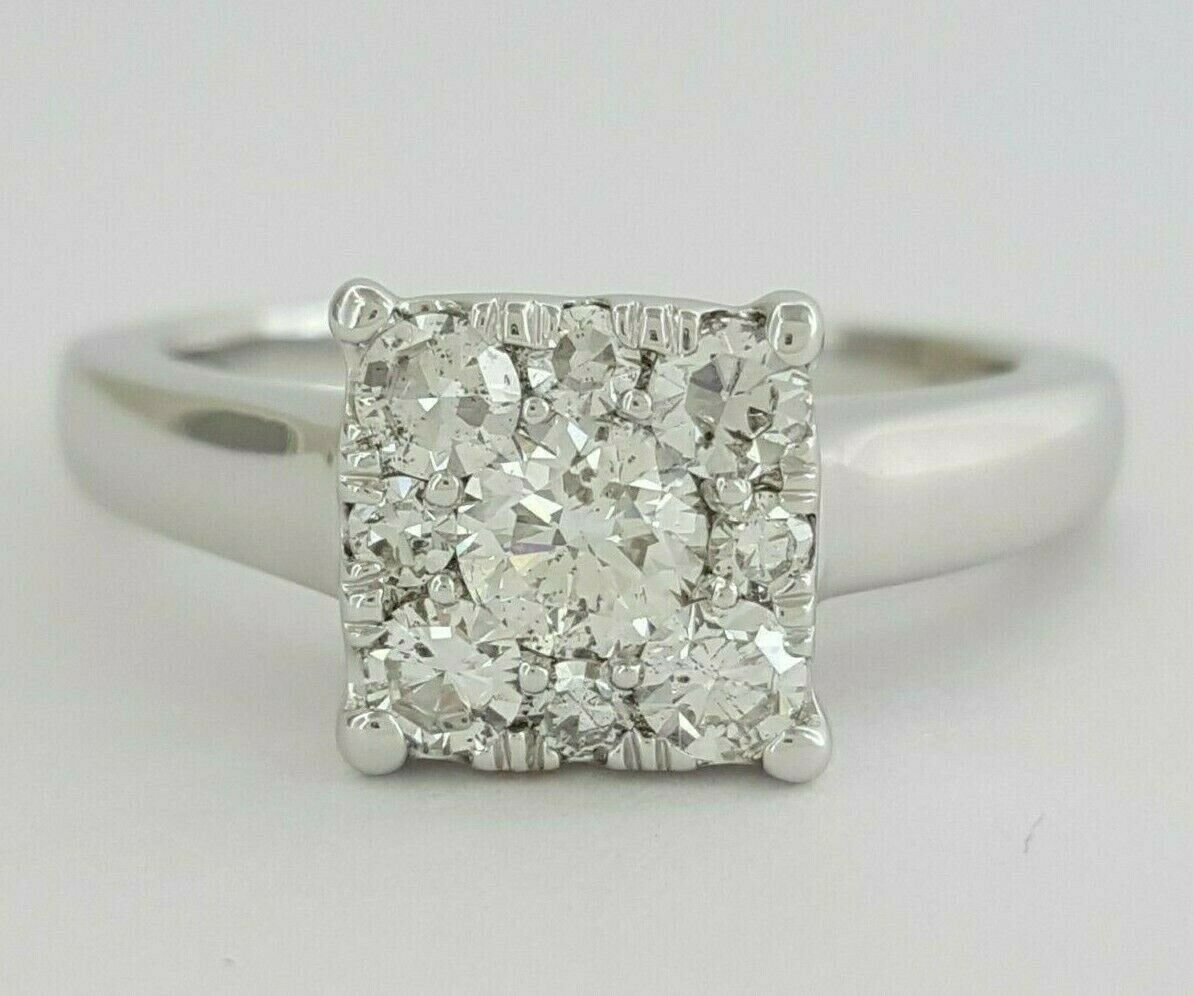 0.84 ct 14K gold Round Brilliant Cut Diamond Halo Cluster Engagement Ring