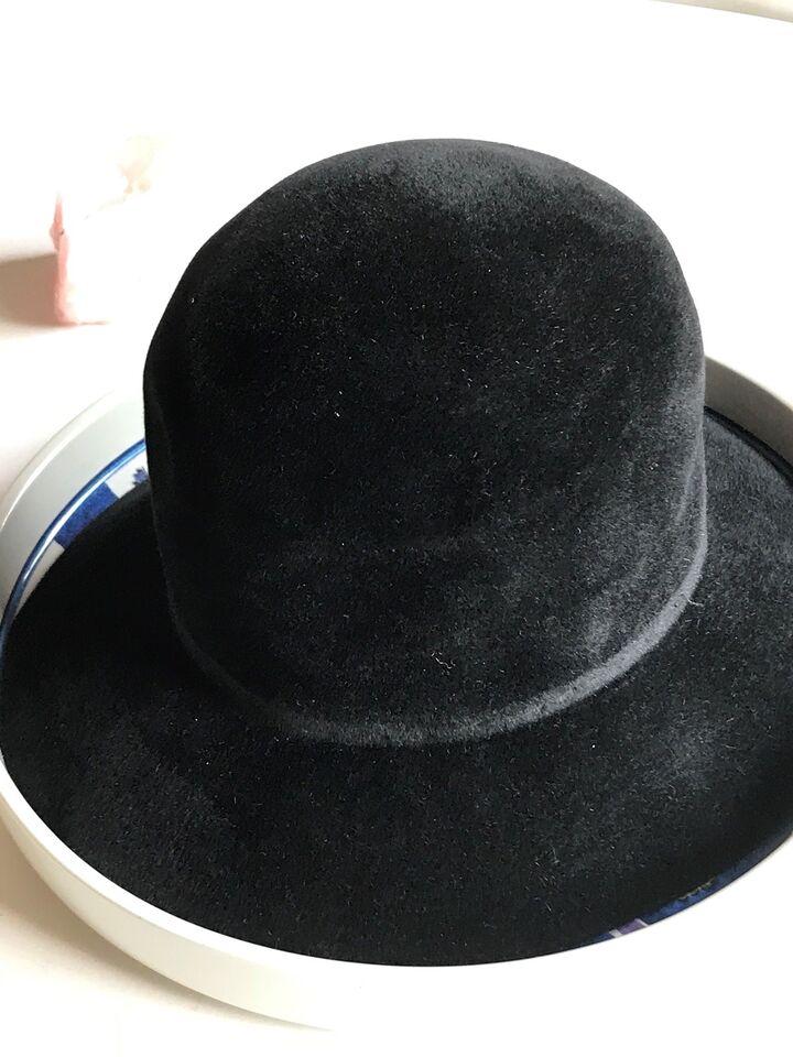 Hat, Filthat, Ingeborg Larsen