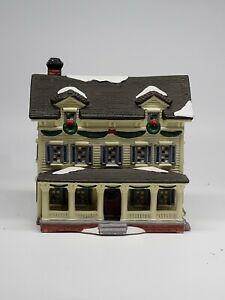 Christmas-Porcelain-House-1997-O-Well-Novelty-w-Light-Hole-RETAILER