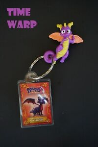 THE-LEGEND-OF-SPYRO-THE-ETERNAL-NIGHT-CYNDER-2007-WENDY-039-S-PROMO-KEYCHAIN-2-034