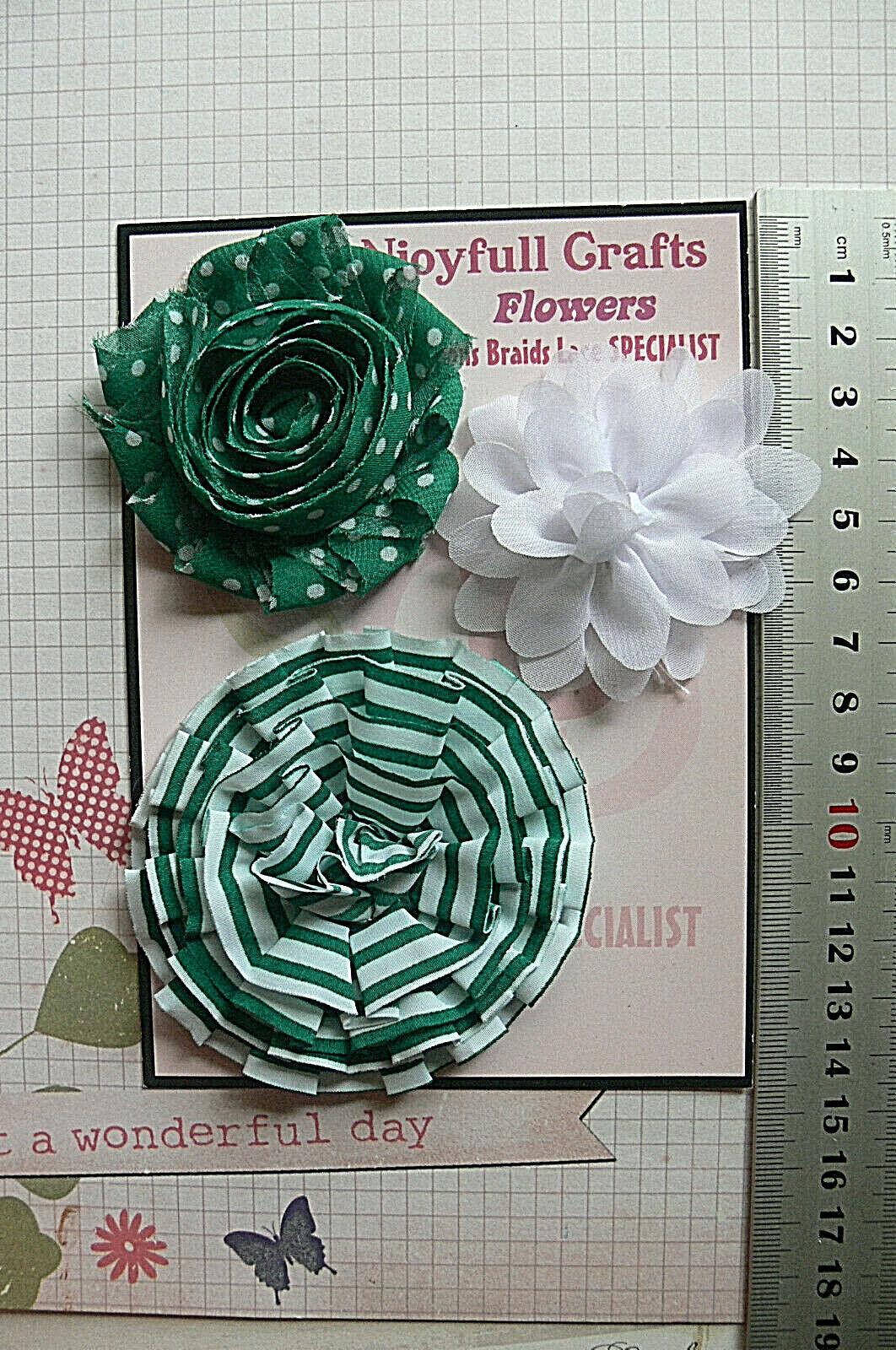 WHITE & GREEN Fabric Organza Cotton - 3 Flower Pk 55-75mm Njoyfull Crafts T1