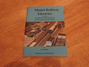 Model-Railway-Electrics-2nd-Edition-Guide-paperback