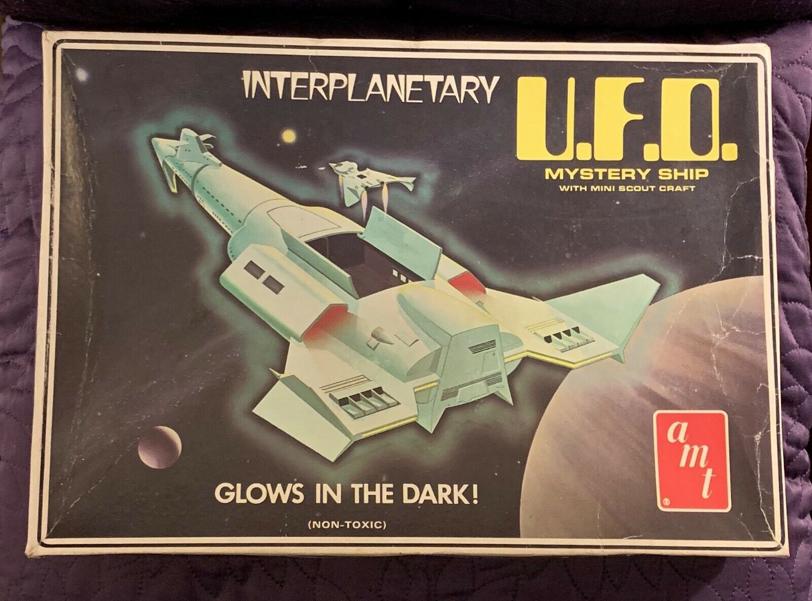 AMT  INTERPLANETARY UFO  MYSTERY SHIP  GLOWS   GITD  BOXED  COMPLETE  C. 1970'S