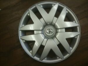 1-2004-2005-2006-2007-2008-2010-TOYOTA-SIENNA-HUBCAP-WHEELCOVER-16-034-WHEEL-COVER