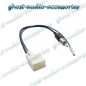 Auto-Audio-Stereo-Antennen-Adapter-Kabel-fuer-Toyota-Paseo