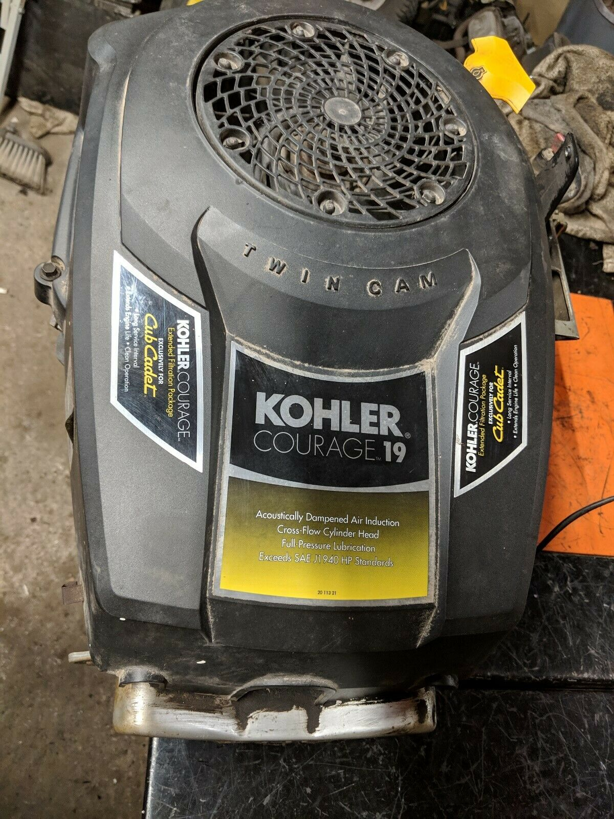 19hp Kohler Courage SV590-0003 throttle control #20 536 06