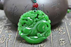 Chinese-green-jade-hand-carving-034-China-Dragon-034-Good-luck-necklace-pendant