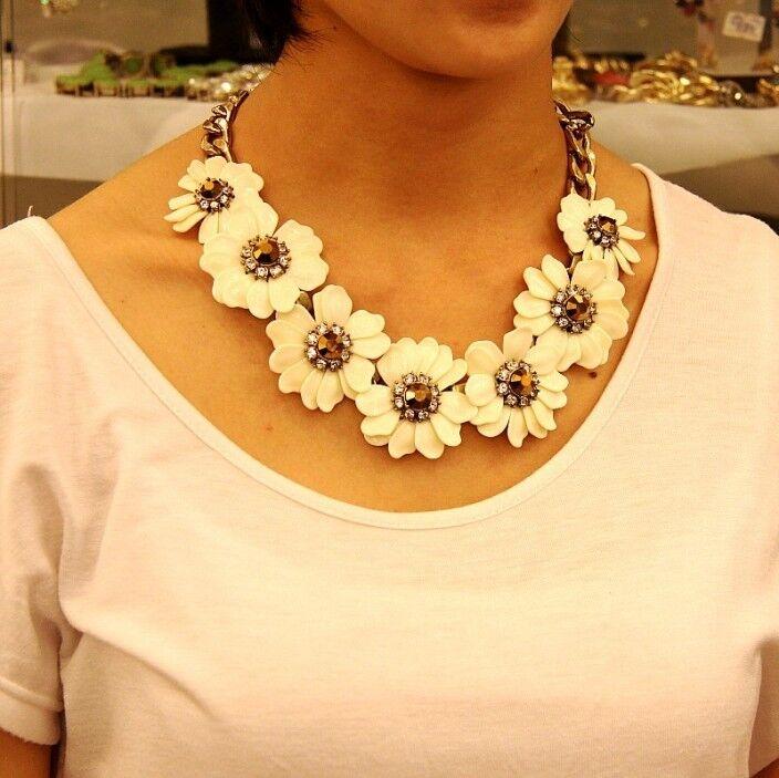 Halskette große blueme Gänseblümchen white Kristall Retro Original Abend qt 7