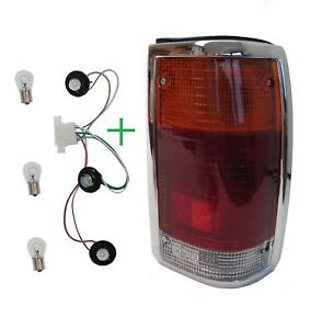 rear light mazda for b2000 b2200 1985 chrome tail lamp. Black Bedroom Furniture Sets. Home Design Ideas