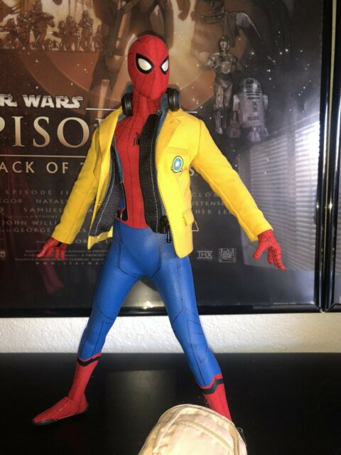 Hot Toys Spider-Man: Homecoming - Spider-Man (Deluxe Version) 1/6th Scale